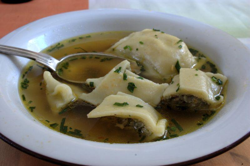 maultaschen Suppe, Forrás: wikimedia