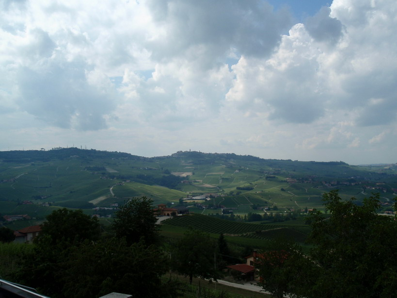 Barolo, Photo: www.foodandwine.hu