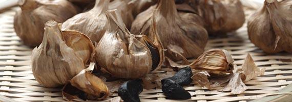 Fekete fokhagyma, Forrás: blackgarlic