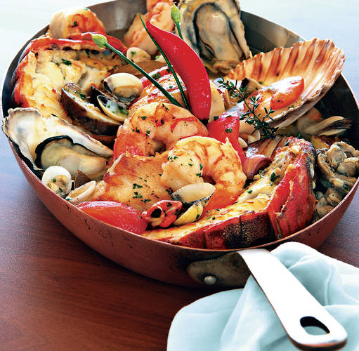 Caldeirada de peixe e frutos do mar; Forrás:  gula.edicaoeletronica.com.br