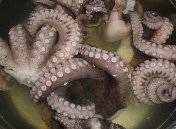 Polip blansírozása, www.foodandwine.hu