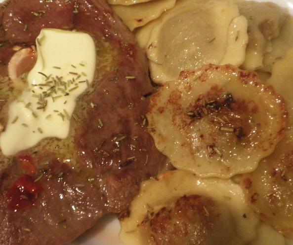 Báránycsülök tortellivel; www.foodandwine.hu