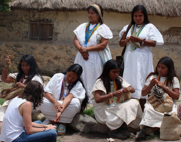Arhuaca asszonyok, (Kolumbia), Forrás:  womenscampaigninternational.org