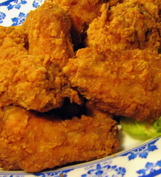 Ropogós csirkeszárnyak; Forrás: foodpages.ca