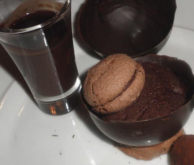 Café Pierrot, Cristophe Deparday, www.foodandwine.hu