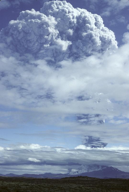 A Hekla III. kitörése 1980-ban; Forrás:  trekearth.com