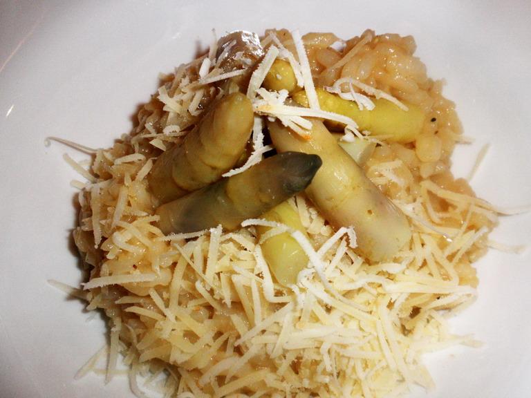 Risotto spárgával; www.foodandwine.hu