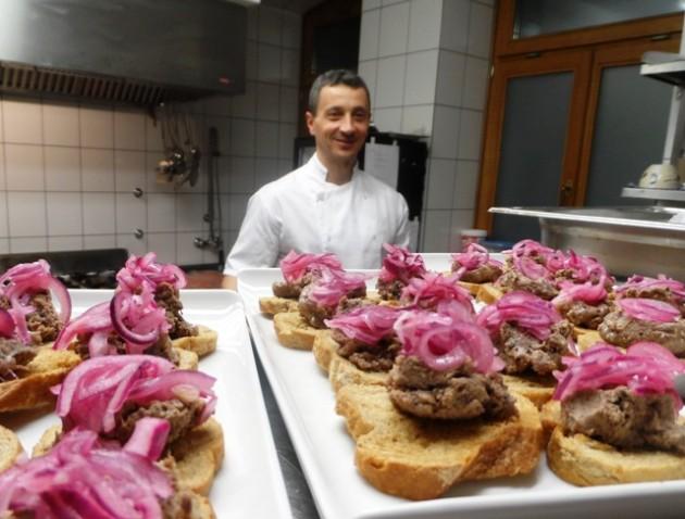 Horváth Gábor séf a konyhában