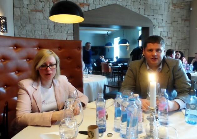 Asztaltársaim: Ivádyné Szabó Katalin és Ivády Norbert.