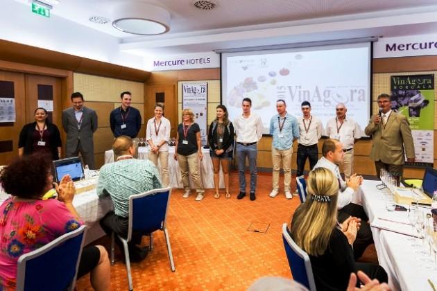 A VinAgora 2015 szervező, lebonyolítói. (Jobb szélen: Dr. Zilai Zoltán, a verseny igazgatója, a Magyar Bor Akadémia elnöke)