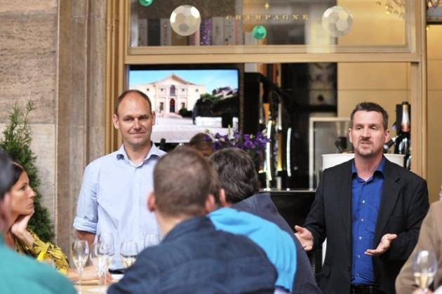 David Bourdaire és Marczingós Zoltán (Double Bubble Pezsgőbár, Budapest)