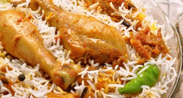 Tamil csirke biryani