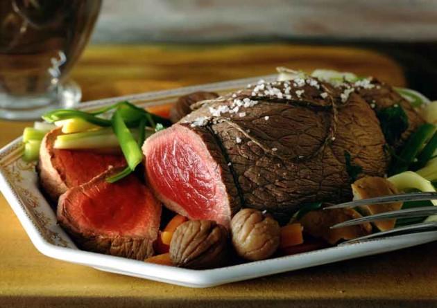 Angolos (saignant, rare) steak. (Forrás: lanutrition.fr)