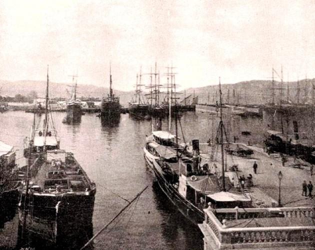 Fiume 1900 körül. A kikötő. (Forrás: Borovszky)