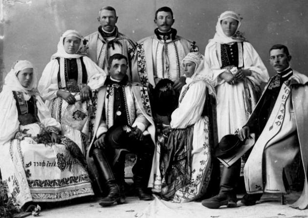 Erdélyi szászok népviseleteben, a 20. század elején
