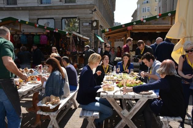 Budapesti Tavaszi Vásár, Vörösmarty tér 2016. március 25 - április 24.