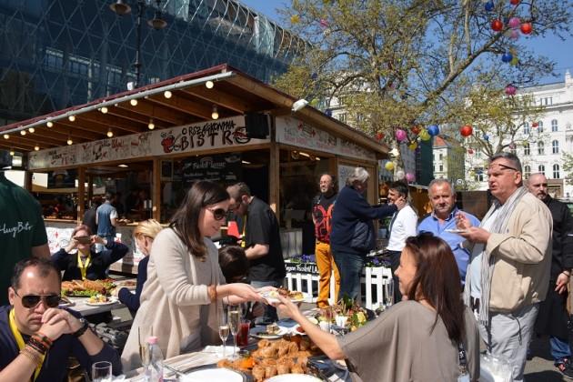 Street-Food Brunch - Budapesti Tavaszi Vásár, Vörösmarty tér