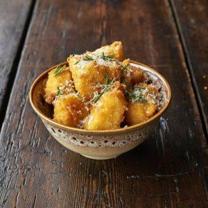 JamiesItalian_házi polenta chips_homemade polenda chips