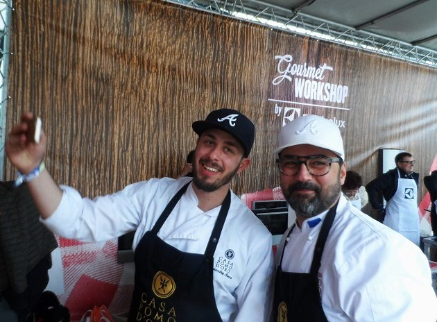 Selfie a főzőbemutató előtt Giannival