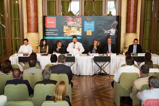 A Bocuse d'Or Europe 2016 nemzetközi sajtó tájékoztatója a pesti Vigadóban 2016. áprilisában.
