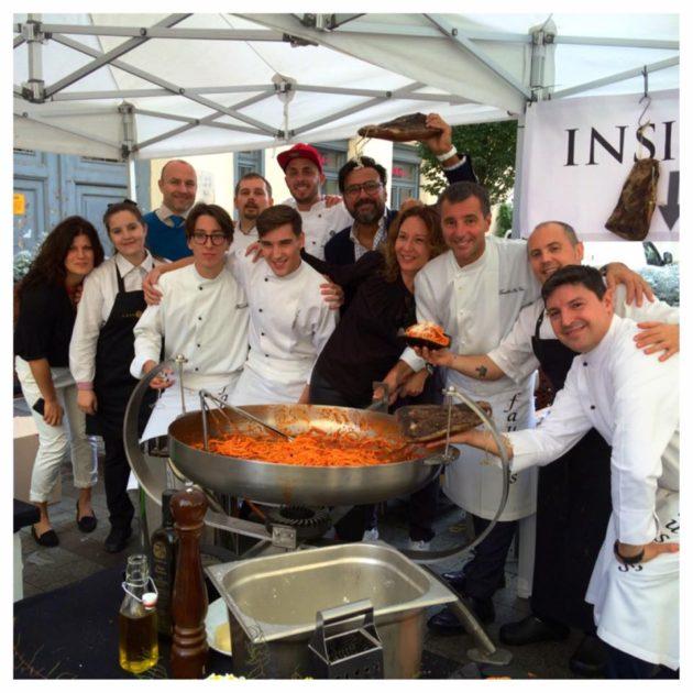 A Fausto's és a Trattoria Pomo d'Oro éttermek csapatai