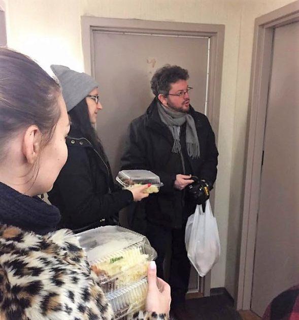 Hagyományőrző disznóvágás és jótékonysági akció Kanadában
