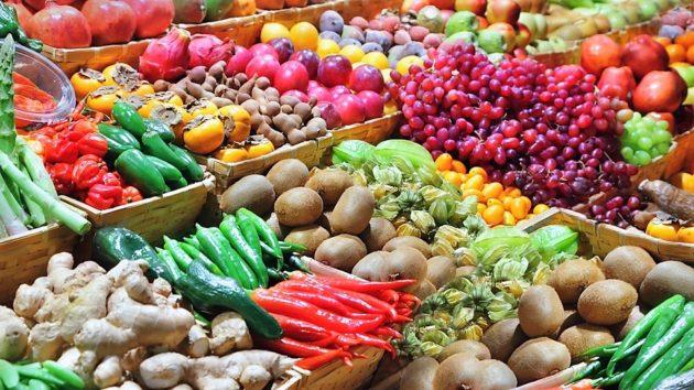 Zöldségek, gyümölcsök fűszernövények