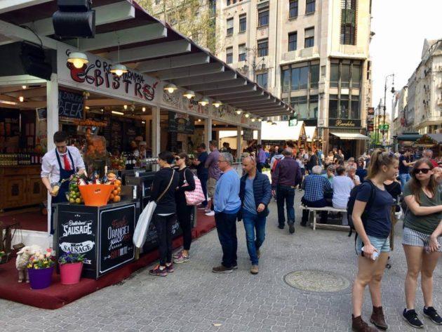 """Az """"XXL Catering"""" üzlete a Budapesti Tavaszi Vásáron"""