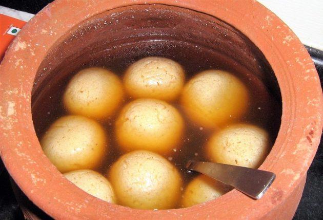 Bengali rosogolla