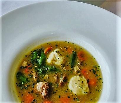 Libaragu leves maceszgombóccal és liba sólet