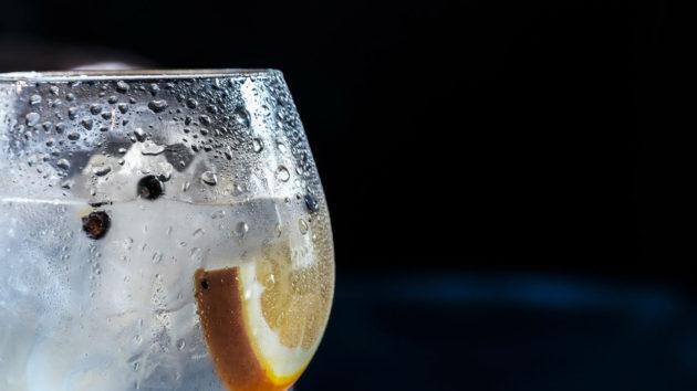 Ezek az enyhe vizek a szerepüket leginkább a rosé borokhoz igen hasonló pozícióban találják meg.
