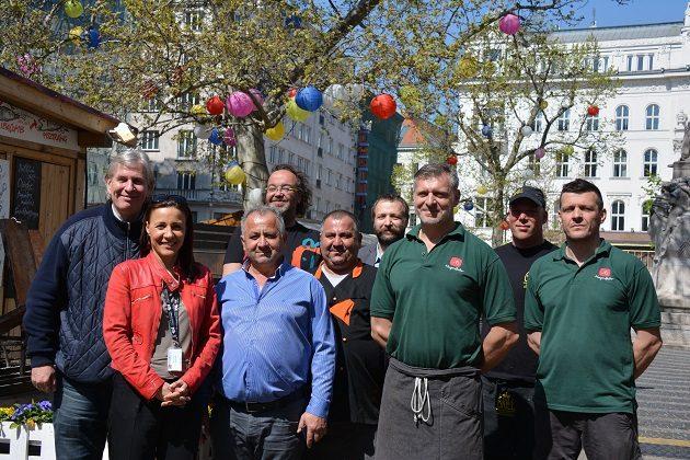 Mindazok, akik a Vörösmarty téren, a Budapesti Tavaszi Vásár során ételeikkel jelen vannak ,és Monostori Diána (BFTK)