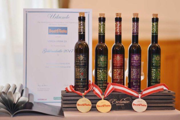 2017-es Destillata Nemzetközi Párlatversenyen a termékcsalád öt benevezett tagjából kettő arany-, míg három tagja ezüstérmet nyert.