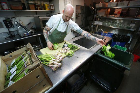 Egyre nagyobb szerepet kap az éttermi veszteségek csökkentése
