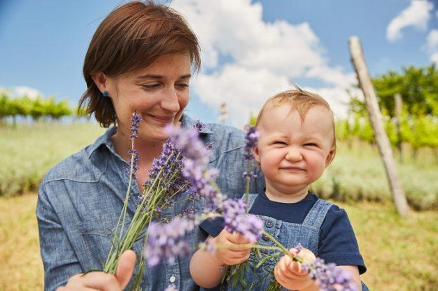 Csetvei Krisztina (Csetvei Pince) és leánya, Panna