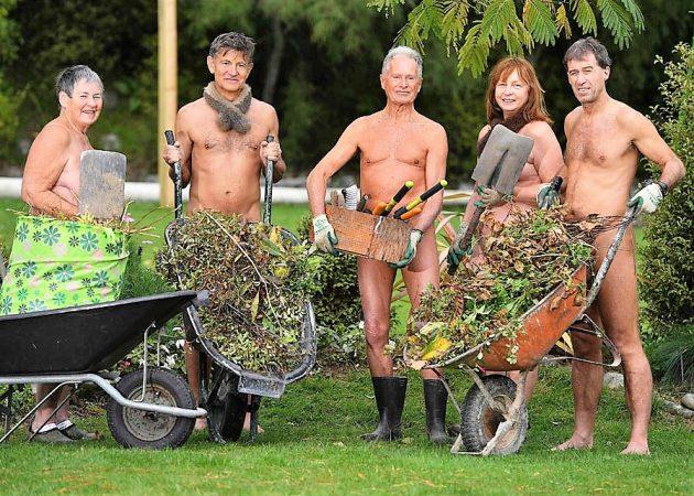 Meztelenül Kertészkedés Világnapja