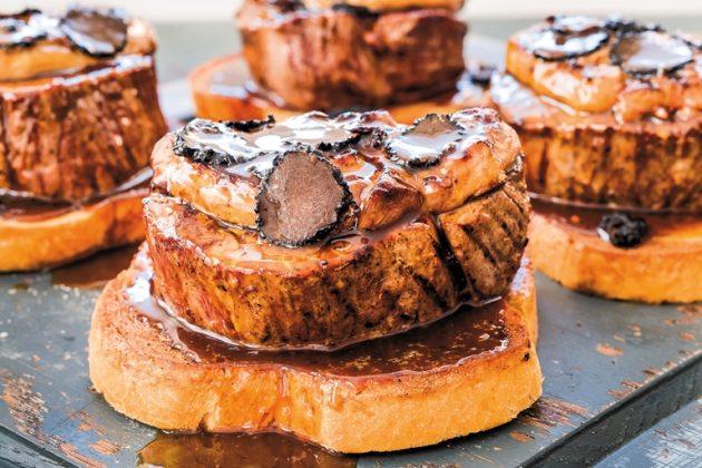 Tournedos Rossini - steak, Madeira szósz, libamáj, szarvasgomba