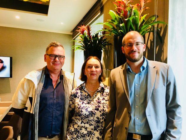 Csíki Sándor (FOOD&WINE), Wille-Baumkauff Márta(Pendits Pincészet), elnök és Márki