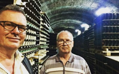 """GARAMVÁRI VENCEL – """"A papa hobbija a pezsgőzés!"""""""